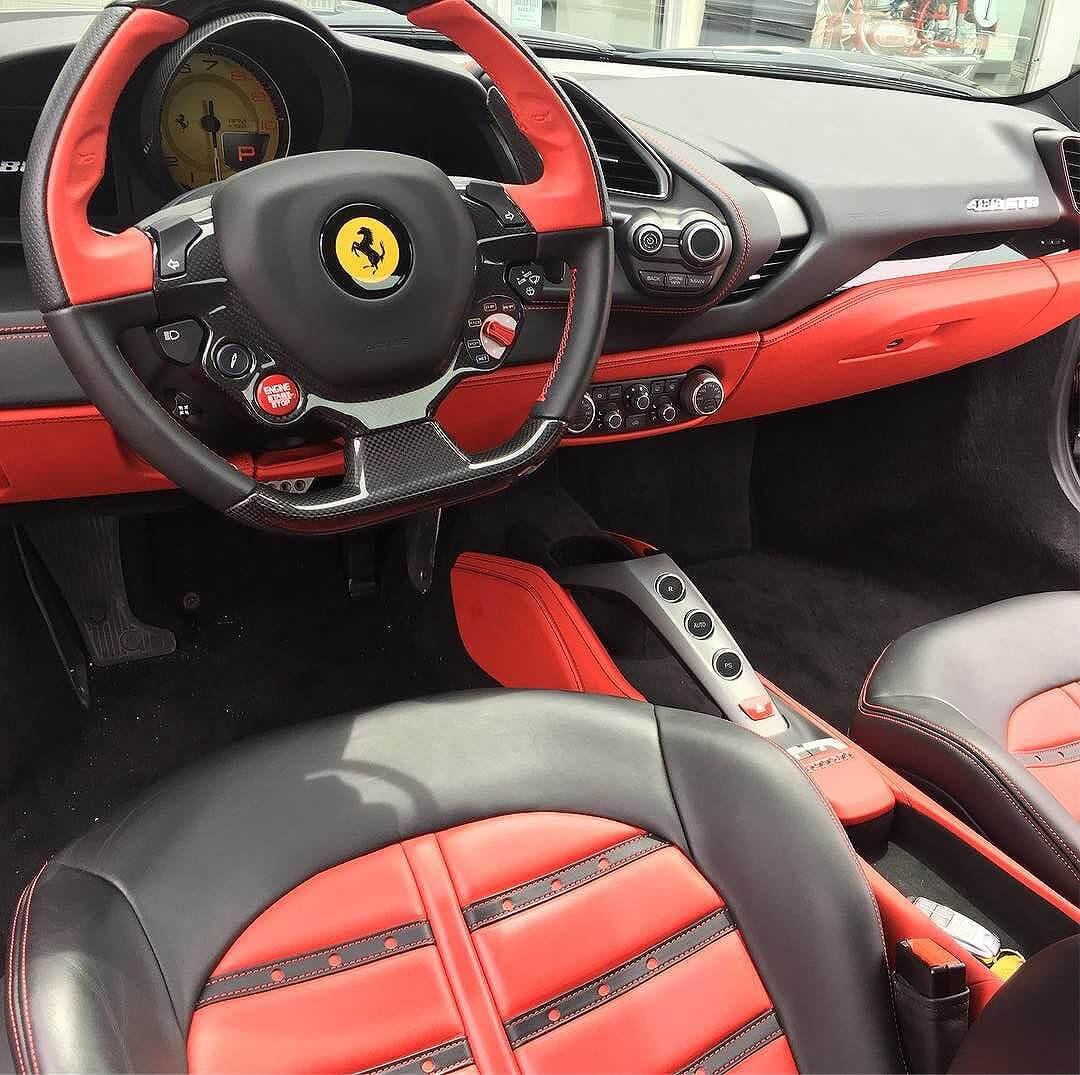 Ferrari 488.  Mama.